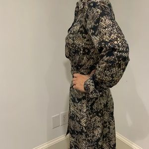 Theory Dresses - Theory Silk snake 🐍  print dress sz 4 🤩